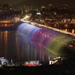 Мост - фонтан Банпо в Сеуле