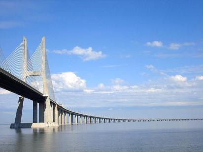 Португальский мост имени Васко да Гама