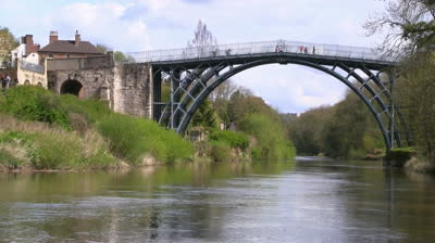 4_iron-bridge-over-river-severn-ironbridge-shropshire-england
